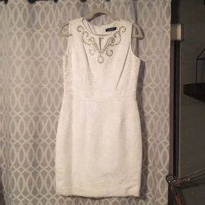 Elegant white Ellen Tracy dress